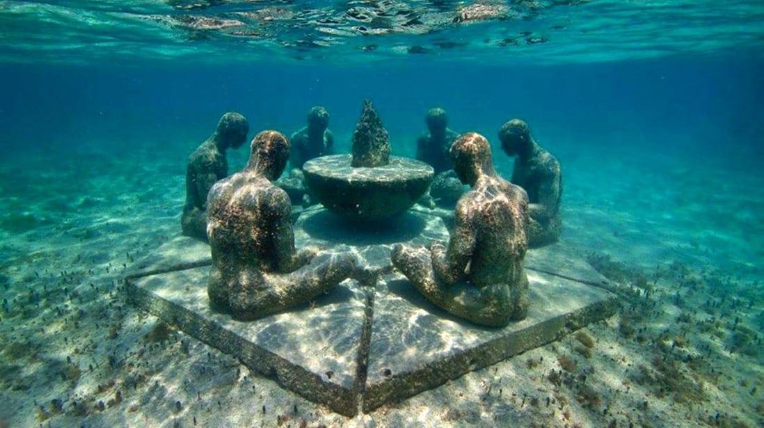 Museo de Arte en el fondo del mar.