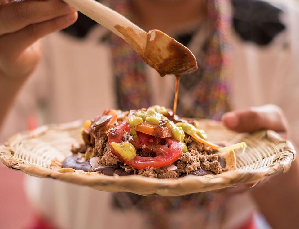 ¿Por qué es importante consumir Gastronomía local?
